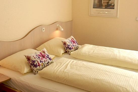 Doppelzimmer Komfort im Stadthotel Engel in Ettlingen