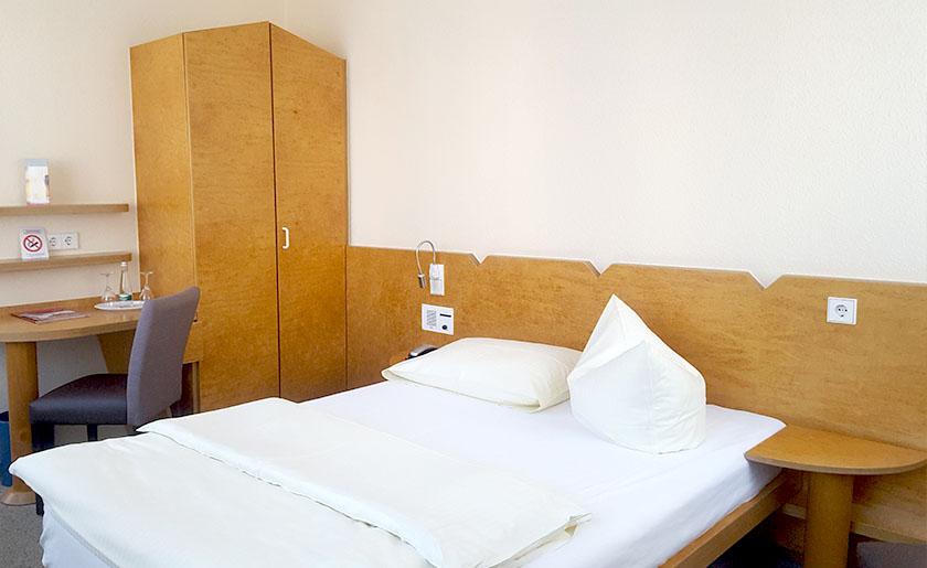 Einzelzimmer Komfort Stadthotel Engel